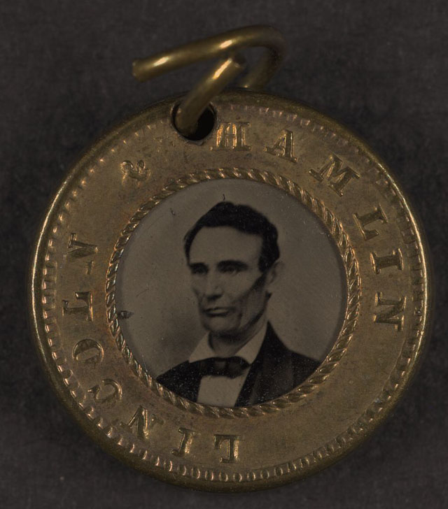 [Presidential campaign button with portraits of Abraham Lincoln and Hannibal Hamlin] (LOC)